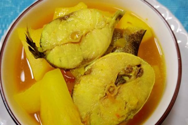 Pineapple Yellow Curry